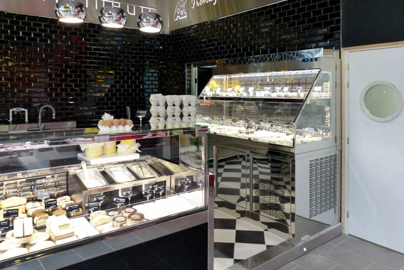 vitrine salaisons fromages