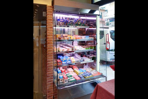espositori-murali-refrigerati